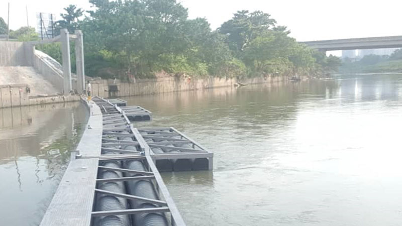 Selangor Maritime Gateway - Log Boom Installation